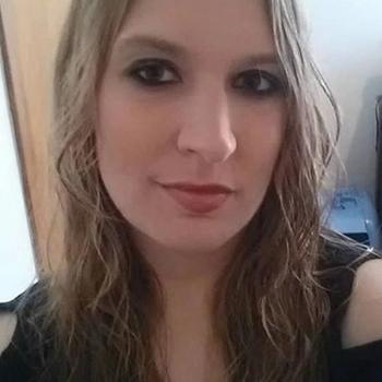 Nummertje maken met 31-jarig dametje uit Zuid-Holland
