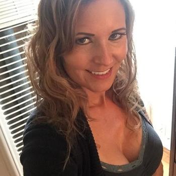 Sex hebben met 46-jarig moedertje uit Antwerpen
