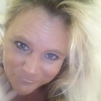 Gratis sexdate met deze 46-jarig moedertje uit Gelderland