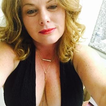 Sex hebben met 43-jarig moedertje uit Groningen