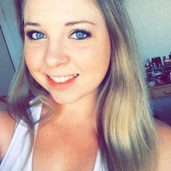 Nieuwe sex date met 25-jarige vrouw uit Noord-Brabant