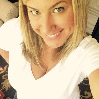 Lolaaaj (40) uit Overijssel