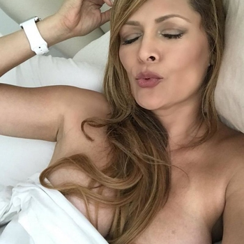 Sex hebben met 44-jarig moedertje uit Flevoland