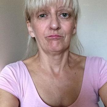 Sex hebben met 60-jarig omaatje uit Friesland