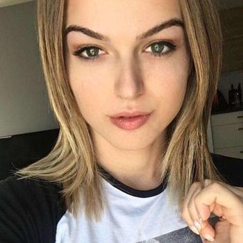 Ylonka (22) uit Gelderland