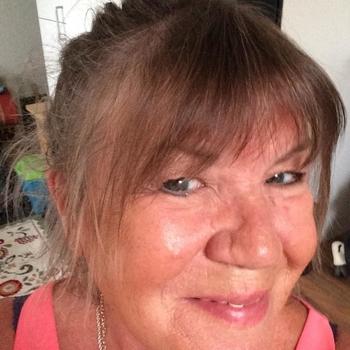 Nummertje maken met 54-jarig omaatje uit Noord-Holland